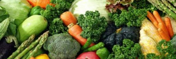 بالفيديو.. حيل بسيطة للحفاظ على الخضراوات والفاكهة طازجة
