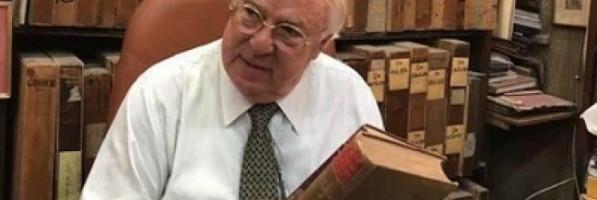 محامي حسن كامي: الراحل باع لي مكتبته وسياراته والفيلا الخاصة به