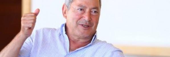 سميح ساويرس يبيع حصته بفندقين وقطعة أرض بالبحر الأحمر مقابل 856 مليون جنيه